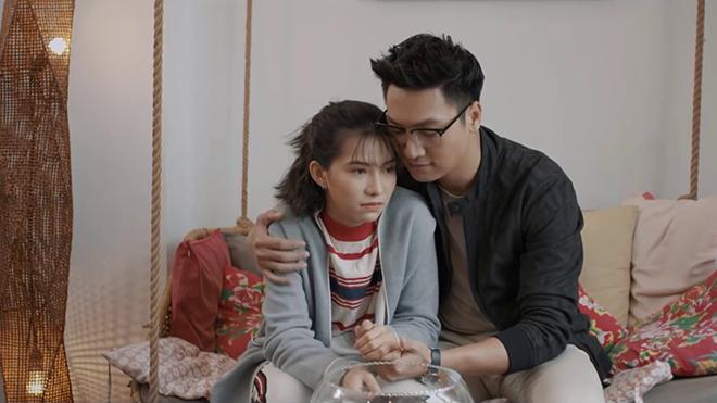 'Chạy trốn thanh xuân': Lưu Đê Ly yêu Mạnh Trường bị fan chê... 'không cảm xúc'