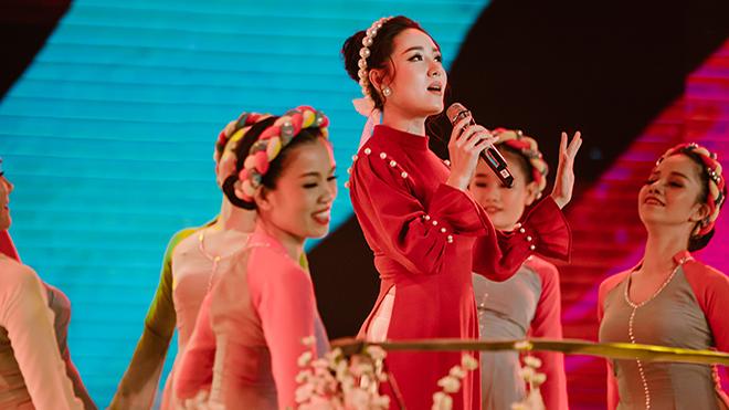 Chúc Xuân 2019: Tiệc âm nhạc thịnh soạn lên sóng VTV tối mùng 1 Tết