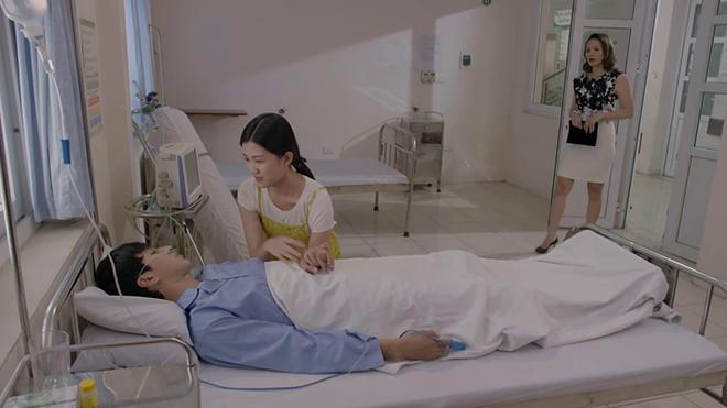 'Những cô gái trong thành phố' tập 30: Người yêu cũ chạm mặt 'người tình' mới của Tùng