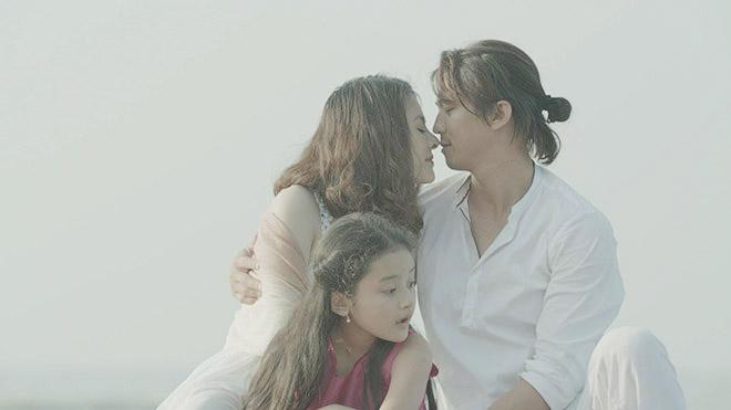 VIDEO 'Tìm chồng cho mẹ': Hà Việt Dũng 'đòi' làm chồng Vân Trang
