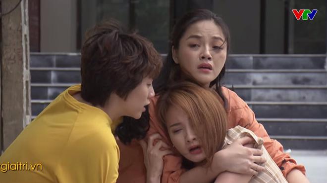VIDEO 'Về nhà đi con' hé lộ tình tiết 'sốc' về Huệ, Thư, Dương phần cuối phim