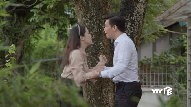 'Mê cung' tập 24: Đông Hòa đúng là không đơn giản, lén lút yêu và có con với vợ 'chúa đất'