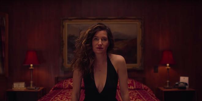 HBO ra mắt phim 'Mrs. Fletcher' về góc khuất của mẹ đơn thân khi con trưởng thành