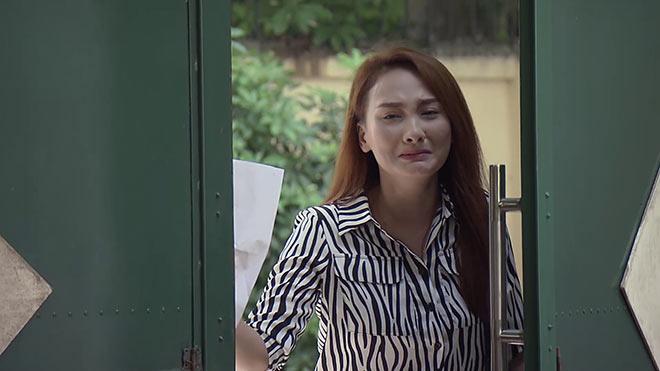 'Về nhà đi con' tập 79: Thư khóc nức nở sau ly hôn, bà Giang thất vọng khi Thư nhận 3 tỷ từ Vũ