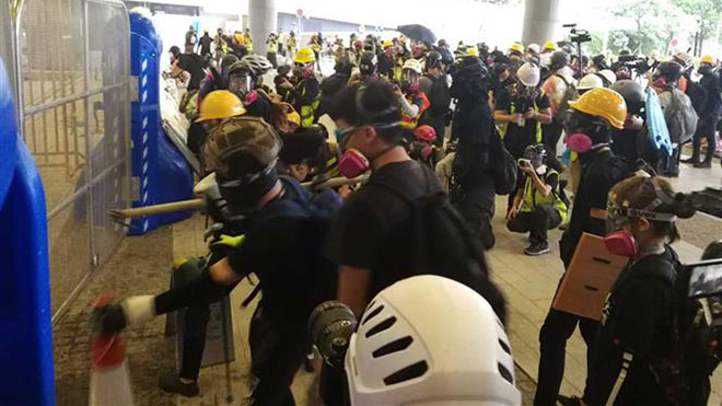 Cảnh sát Hong Kong (Trung Quốc) bắt giữ 159 người dính líu bạo lực