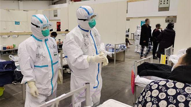 Dịch viêm đường hô hấp cấp COVID-19: Số ca tử vong tại Trung Quốc vượt 1.600 người