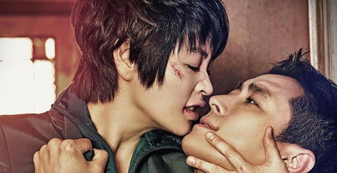Rating phim 'Hyena' ấn tượng: Sức hút tình yêu phụ nữ trung niên và 'phi công trẻ'