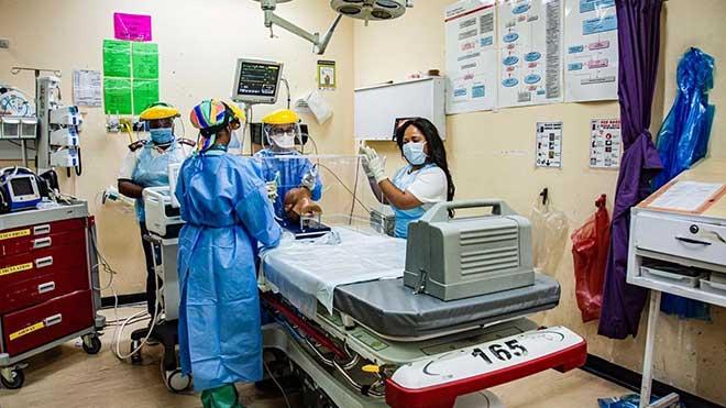 Dịch COVID-19: Nam Phi ghi nhận số ca nhiễm mới cao nhất trong một ngày