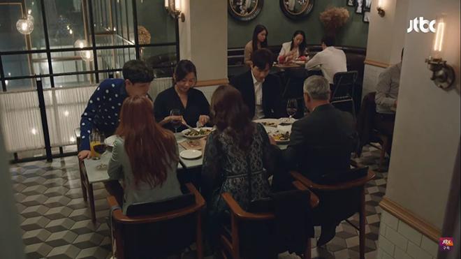 The World Of The Married, Thế giới hôn nhân, Thế giới hôn nhân tập 5, Thế giới hôn nhân tập 6, The World Of The Married tập 5, Kim Hee Ae, Park Hae Joon, ngoại tình
