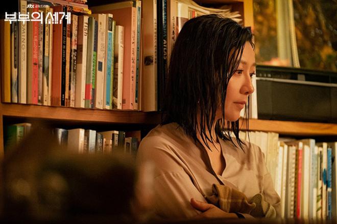 The World Of The Married, Thế giới hôn nhân, Thế giới hôn nhân tập 4, The World Of The Married tập 4, Kim Hee Ae, ngoại tình, phim Hàn, Park Hae Joon