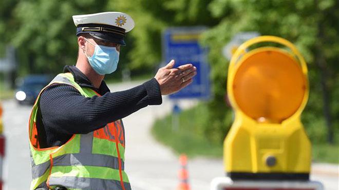 Tình hình dịch COVID-19 ngày 25/5: Thế giới có 5.537.053 ca nhiễm, riêng tại Mỹ số ca tử vong lên tới gần 100.000 người