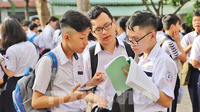 Tra cứu điểm thi và điểm chuẩn vào lớp 10 chuyên tại TP.HCM năm học 2020-2021