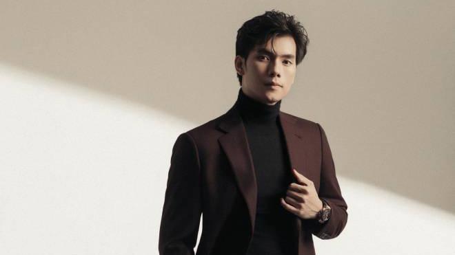 Nhan Phúc Vinh 'Tình yêu và tham vọng' đóng vai xạ thủ trong phim mới của Đinh Tuấn Vũ