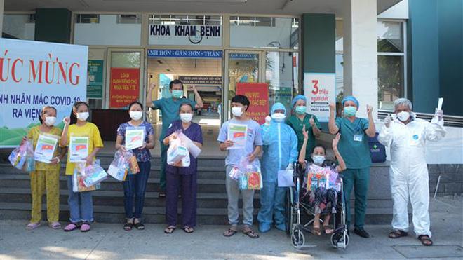 Dịch COVID-19: Việt Nam tiếp tục không có ca mắc mới, thêm 38 bệnh nhân được công bố khỏi bệnh