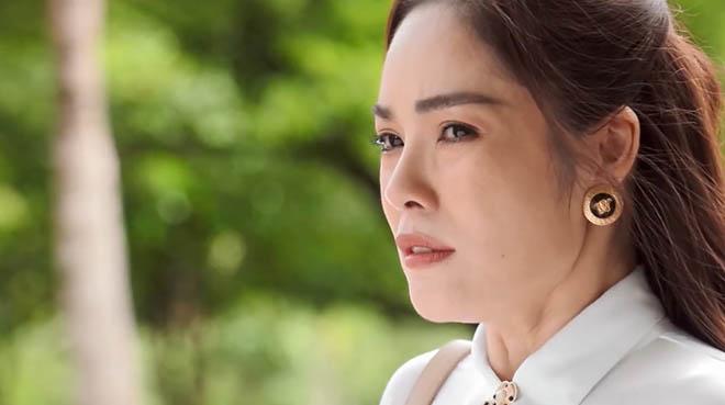 Dương Cẩm Lynh tiết lộ nỗi sợ trong quá trình quay 'Bánh mì ông Màu'