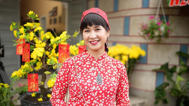 'Mẹ chồng quốc dân' Lan Hương lần đầu Nam tiến đóng phim Tết 2021