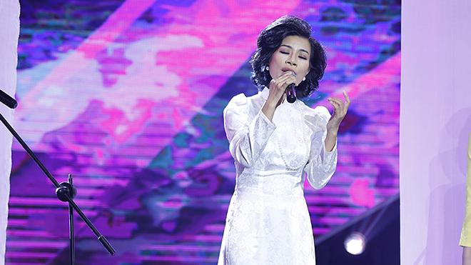 'Bản sao' Thái Thanh, Ưng Hoàng Phúc gây chú ý trong 'Ca sĩ thần tượng'