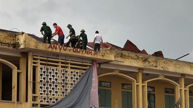 Bão số 2 đã suy yếu thành áp thấp nhiệt đới; nguy cơ lũ quét, sạt lở đất từ Thanh Hóa đến Hà Tĩnh