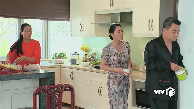 Phim Hương vị tình thân phần 2 tập 9: Bố mẹ Long lục đục vì bà Dần nhớ nhớ quên quên