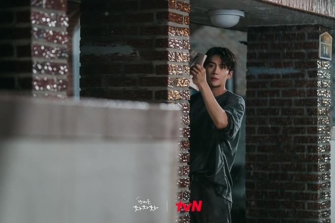 Hometown Cha-Cha-Cha, Hometown Cha-Cha-Cha tập 9, tập 9 Hometown Cha-Cha-Cha, hometown cha cha cha, Kim Seon Ho, Kim Seon Ho Hometown Cha-Cha-Cha, phim Hometown Cha Cha
