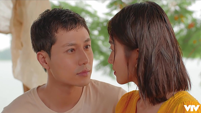 Phim 11 tháng 5 ngày: Đăng tỏ tình với Nhi, Thục Anh cảm động trước Long 'đần'