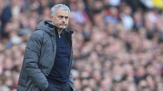 Mourinho đã mua sắm thông minh hơn sau khi sang Man United
