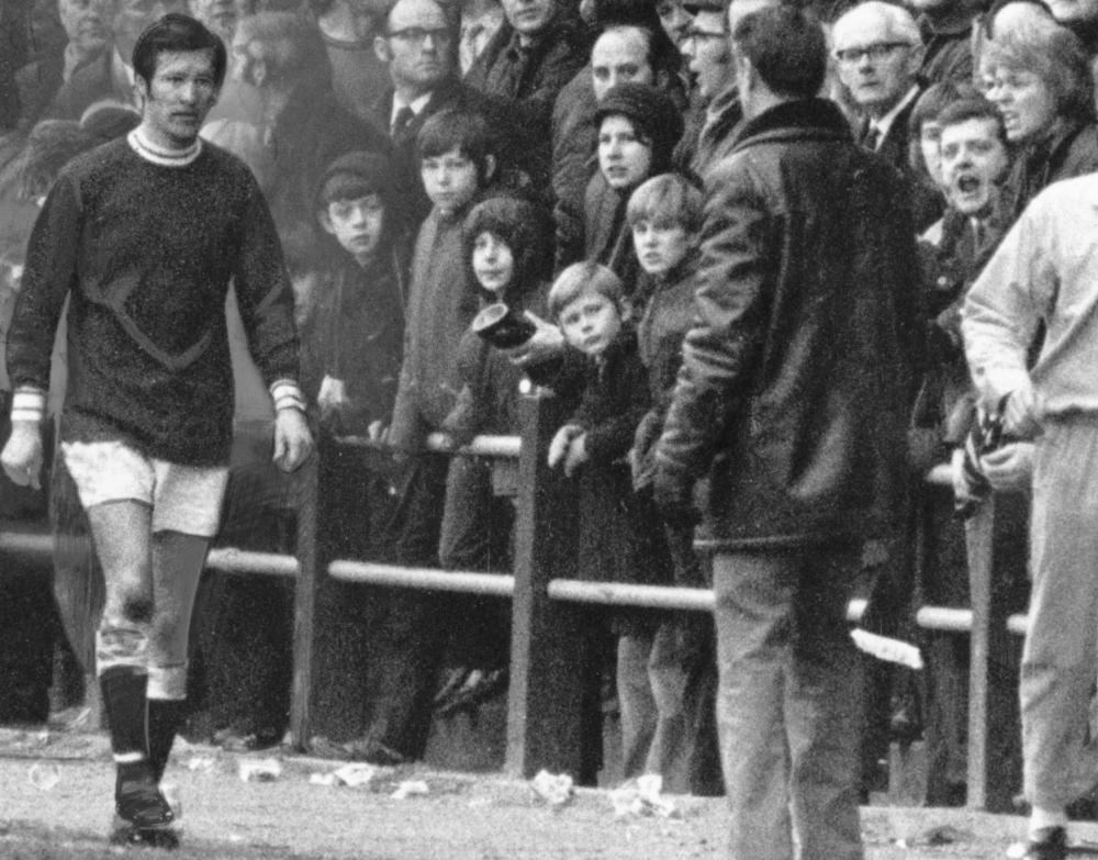 Sir Alex Ferguson hồi còn khoác áo St Johnstones