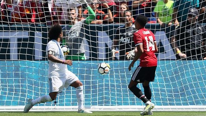 Real Madrid 1-1 (pen1-2) Man United: Martial solo ngoạn mục, M.U thắng nhờ loạt đấu súng 'siêu tệ'