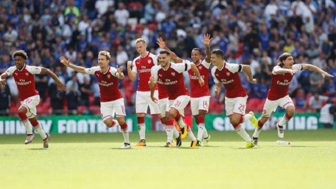 Kiểu đá penalty ABBA ở Siêu Cúp nước Anh nhận 'gạch đá' từ Steven Gerrard