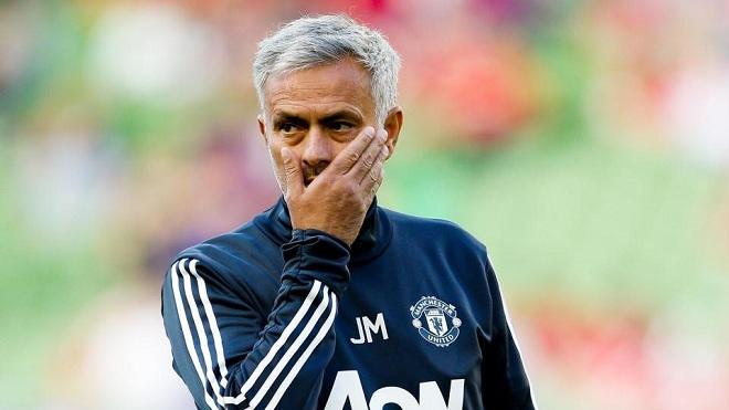 Chơi 'đòn gió' về Gareth Bale, Mourinho hứng 'mưa gạch'