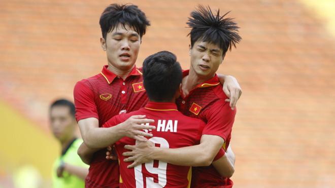 TRỰC TIẾP U22 Việt Nam 0-3 U22 Thái Lan: Minh Long mắc sai lầm khó tin (Hiệp 2)