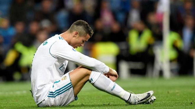 Tin HOT M.U 17/11: Mourinho thích David Luiz. Arsenal lôi kéo Fellaini, Martial và Shaw