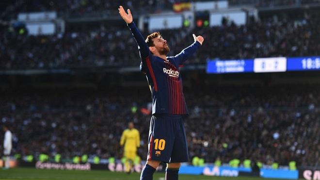 Messi tuột giày, kiến tạo bàn thứ 3 vào lưới Real Madrid có đúng luật, hợp lệ?