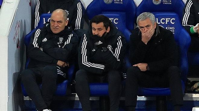 Jose Mourinho: 'M.U thi đấu như trẻ con ở trận hoà Leicester 2-2'
