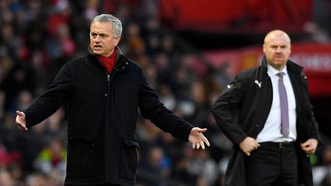 Suýt thua Burnley, Mourinho đổ lỗi 'M.U không có nhiều tiền mua cầu thủ như Man City'