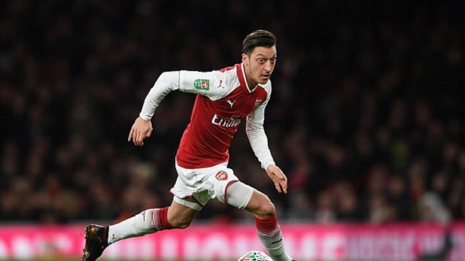 NÓNG: Mesut Oezil đồng ý gia hạn với Arsenal, nhận lương cao nhất Premier League