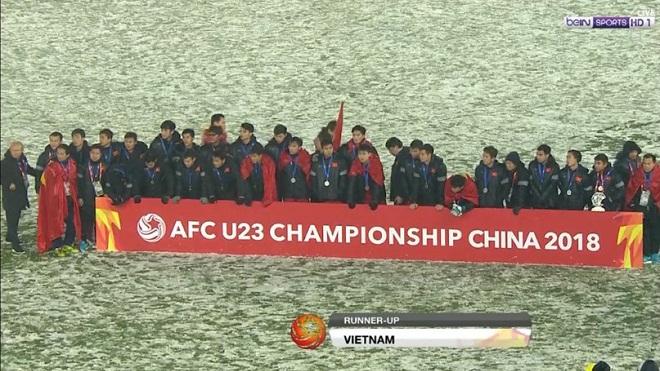 CĐV nước ngoài ca ngợi U23 Việt Nam sau trận chung kết