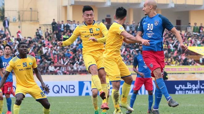 SLNA thua 0-1 trước Khánh Hòa. Tiến Dũng cứu thua, FLC Thanh Hóa thắng 1-0 CLB TP. Hồ Chí Minh