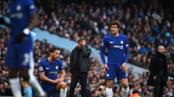 Cuộc đua Top 4 Premier League: M.U và Liverpool thở phào. 'Báo động đỏ' cho Chelsea