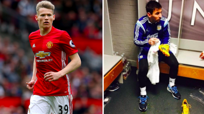 Vì sao M.U treo ảnh Messi lau giày trong phòng thay đồ của đội trẻ?