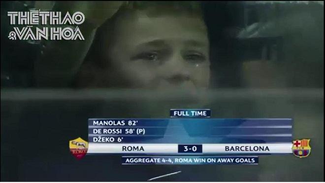 Ám ảnh với hàng loạt fan nhí Barca khóc như mưa sau trận thua không tưởng Roma