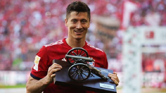 CHUYỂN NHƯỢNG ngày 25/5: M.U 'săn' Lewandowski. Nhà cái ra tỉ lệ cược Neymar sang Arsenal