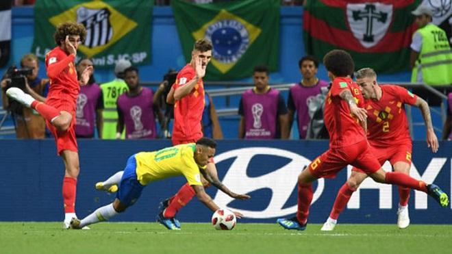 PHÂN TÍCH: Brazil thua Bỉ do Neymar ăn vạ quá nhiều?