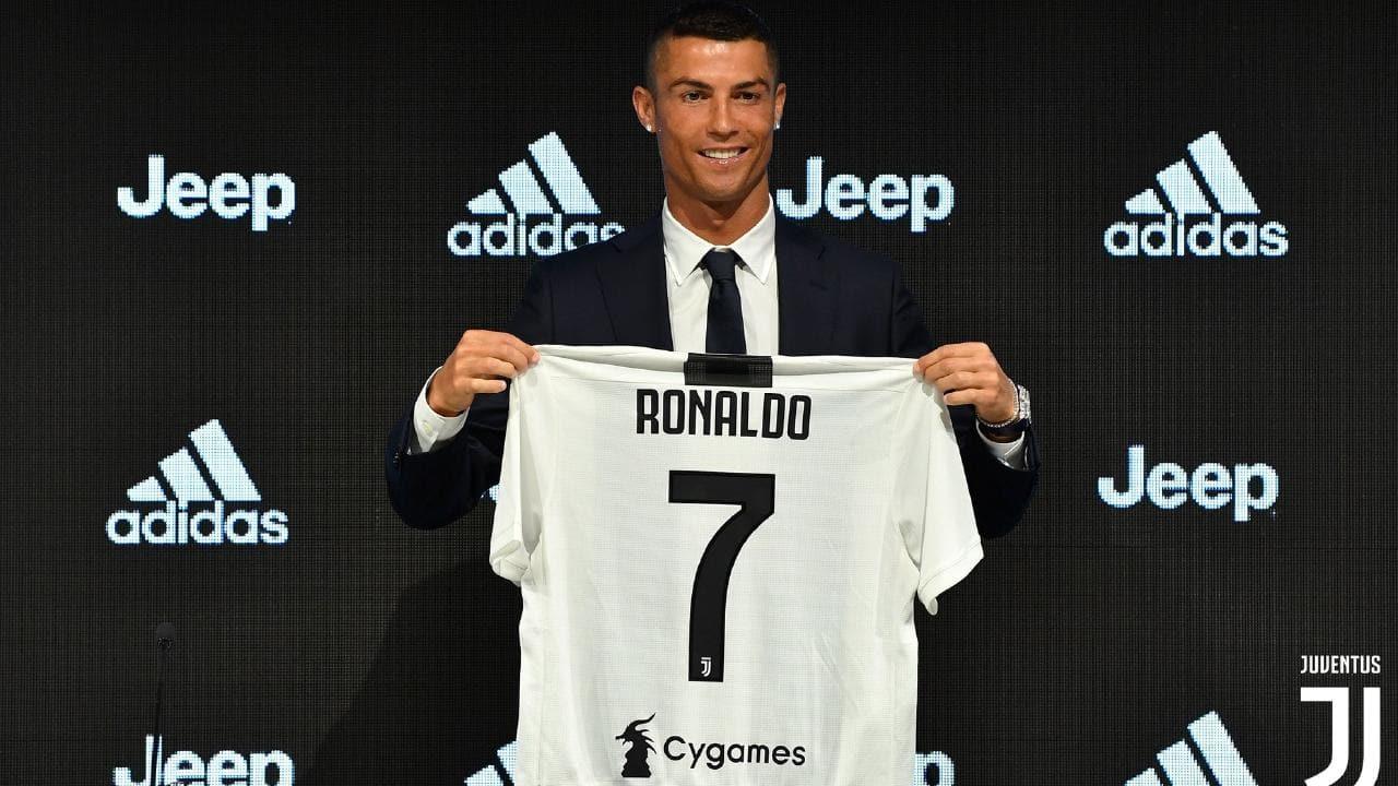 Juventus bán áo đấu Ronaldo, Juventus lập kỷ lục bán áo đấu Ronaldo, Real Madrid đã chọn số áo cho Eden Hazard, M.U không trả nổi tiền lương cho Gareth Bale.
