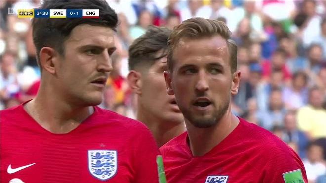 CẬN CẢNH: Kane và Maguire dàn xếp đá phạt góc tinh quái khiến Thụy Điển nhận trái đắng