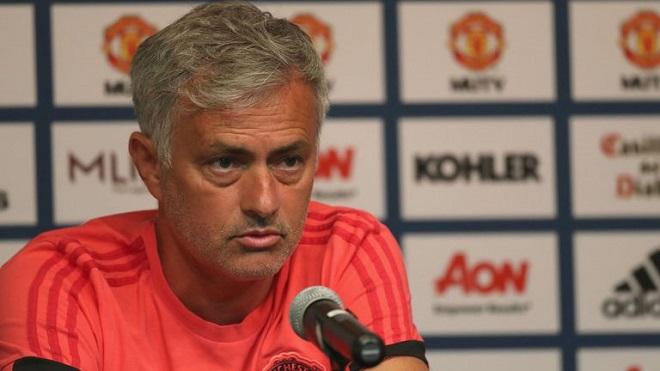 KHÓ TIN: Mourinho đã chỉ trích gần cả một đội hình của M.U