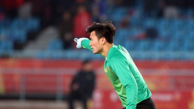 U23 Việt Nam vs U23 Bahrain: Giờ mới là thử thách lớn nhất của 'thủ môn quốc dân' Bùi Tiến Dũng