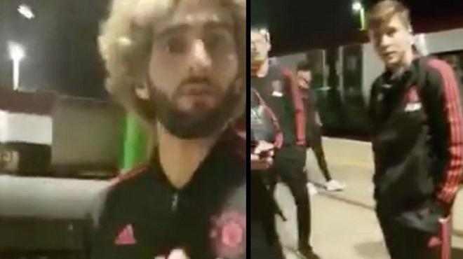 Fellaini và đồng đội bị fan cuồng làm phiền ở sân ga