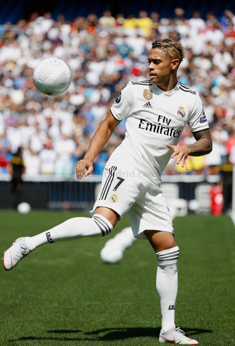 Mariano và thách thức từ áo số 7 của Real Madrid