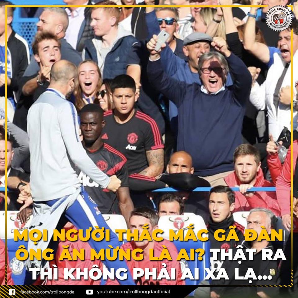 ẢNH CHẾ: Pep Guardiola 'đội lốt' trợ lý Chelsea sang chọc tức Mourinho